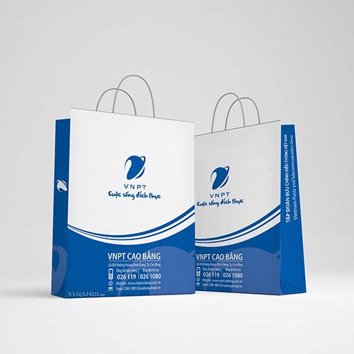 Túi couche thường là kiểu ấn tượng nhưng đơn giản, tạo thiện cảm với các mối quan hệ thương trường.